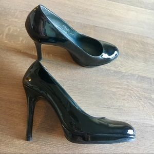Patent Leather Stuart Weitzman Heels